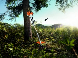 Brushcutters and clearing saws